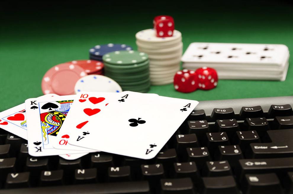 5 anledningar att spela poker online